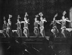students - Haresfoot Club - stage Univ of Wisconsin Madison USA - circa 1925