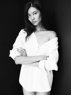 Bonnie Chen as Lin Yan Girl Photography Poses, Amazing Photography, White Photography, Fashion Photography, Hipster Photography, Black N White Images, Black And White Portraits, Studio Foto, Poses Photo