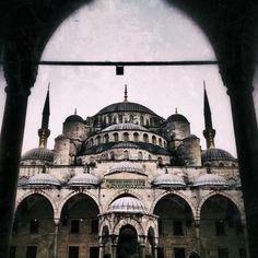 Último madrugón en Estambul ☕☕☕Bueno, tengo toda la mañana para deambular#boqueronesporelmundo sin paraaaaaarFeliz viernes a todooooos - @amayas- #webstagram