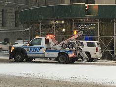 Post with 0 votes and 303 views. Old Police Cars, Police Truck, Police Patrol, Military Police, Tow Truck, Police Lights, Towing And Recovery, New York Police, Ford Vehicles
