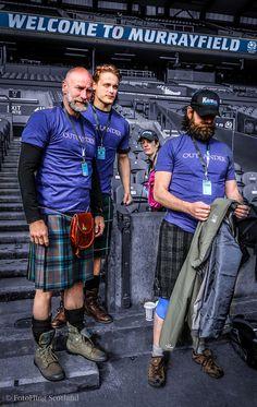 Outlander Team at Edinburgh Kilt Walk 2014 | photo copyright of FotoFling Scotland