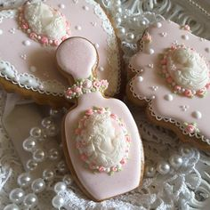 Gingerbread cookies,  cameos,  heart, plaque, mother's day, birthday, bridal shower,  ladies cookies