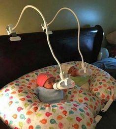 New Baby Hacks Nursery Kids Ideas The Babys, Baby Necessities, Baby Essentials, Baby Life Hacks, Baby Gadgets, Baby Bedroom, Twin Baby Rooms, Twin Babies, Baby Twins