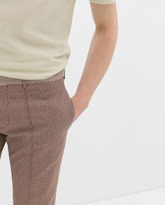 Jacquard Pants in burgundy red