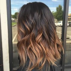 60 Chocolate Brown Hair Color Ideas for Brunettes - Ombre hair - Hair Styles Onbre Hair, Wavy Hair, Blonde Hair, Hair Dye, Balayage Hair Brunette Medium, Caramel Balayage Brunette, Ombre Hair Brunette, Caramel Balayage Highlights, Ombre Curly Hair