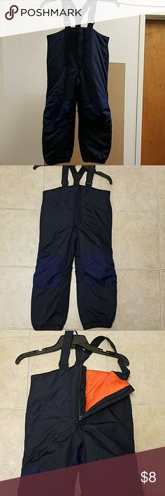 Boys Snow Pants Old Navy Boys Snow Pants   Great used condition   Colors: Navy, Blue, Orange Old Navy Jackets & Coats