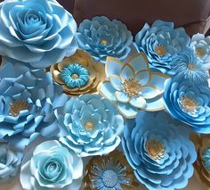 Prepping for baby shower tomorrow #paperflowers #handmade #paper #paperflorist #paperflowersbackdrop #floresdepapel #hechoamano #papercraft #crafting #babyshower #itsaboy #partydecoration #babyshowerdecor #blueandgold #blueflowers #northcarolina