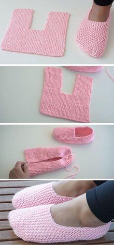 Super Easy Slippers to Crochet or to Knit - Design Peak and knitting knit knitting crochet diy Crochet Designs, Knitting Designs, Knitting Projects, Knitting Patterns, Crochet Patterns, Easy Patterns, Knitting Ideas, Knitting Books, Afghan Patterns