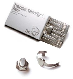 Benjamin Lignel - Ring 'Happy family Mrs 1999′ – silver, offset printed card box, paper-solidor