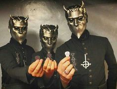 The Nameless Ghouls of with their Tortex picks while out on the road supporting their Popestar EP. Band Ghost, Ghost Bc, Nu Metal, Heavy Metal, Metal Bands, Rock Bands, Ghost Papa Emeritus, Kerry King, Killswitch Engage