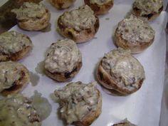 Receita Entrada : Cogumelos de paris recheados com gorgonzola e nozes de Tania z