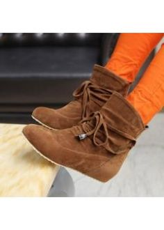 Short boots genuine increases in the new fashion scrub skid tassel tie-back special large round head low shoes Fashion Flats, New Fashion, Fashion Outfits, Orange Pants, Wholesale Shoes, Short Boots, School Outfits, Plus Size Women, High Heels