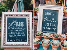 Plaquinhas no casamento - Casamento no campo ou floresta, rústico, boho e colorido