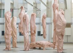 bart hess manipulates pink latex to resemble wrinkled human skin in grotto installation Fabric Installation, Fashion Installation, Art Installations, Bart Hess, Sculpture Art, Sculptures, Ceramic Sculpture Figurative, Instalation Art, A Level Art