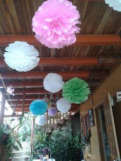 Pompones aéreos papel seda