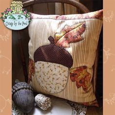 Acorn Pillow quilting Pattern by Diane Knott, Cottage by the Pond ~ www.hollyknott.com/shop/