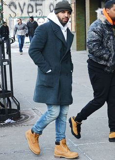 "celebritiesofcolor: ""Drake heads into a restaurant in NYC. """