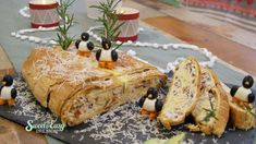Herzhafter Stollen, gefüllt mit Thunfisch - Sweet & Easy - Enie backt - sixx Sweet & Easy, Bread, Christmas, Food, Tuna, Oven, Food Food, Recipies, Xmas