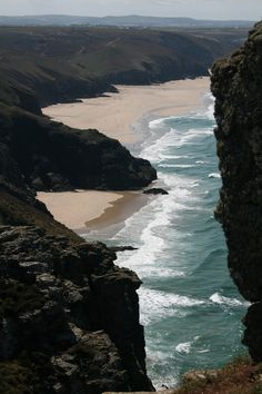 Chapel Porth Beach,St Agnes, South West Coastal Path (by Ben and Carole) Places Around The World, Around The Worlds, South West Coast Path, St Agnes, Image Nature, Secluded Beach, Where To Go, Vacation Spots, Wonderful Places