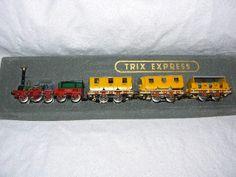 Trix Express HO Scale find HO Scale Scenery at http:/modelleisenbahn-figuren.com