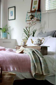 * un ambiente calido con un rico tè