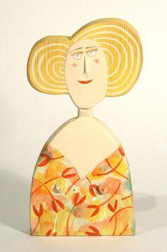 Floral Bust by Lynn Muir