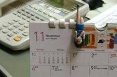 フチ子さん発見 しかもカレンダーがもう月になってる笑 早い  コップ以外にも引っかかるんだかわいいじゃん  #フチ子さん #カレンダー #RELEASE #リリース tags[福岡県]