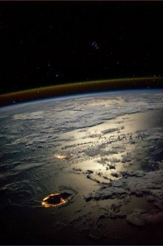 The Seven Sisters, also known as the Pleiades star cluster, looking over Reunion Mauritius Islands in a moonlit Indian Ocean captured by NASA astronaut Karen Nyberg from the International Space Station GMT 25 August Fragile Oasis Earth And Space, Cosmos, Life In Space, Foto Fantasy, Mauritius Island, Space Images, Space Pics, Space And Astronomy, To Infinity And Beyond