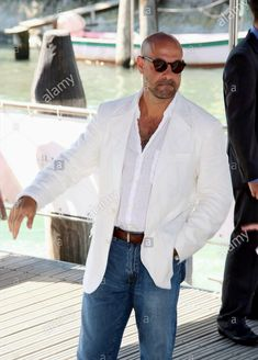 Shaved Head With Beard, Bald With Beard, Stylish Men Over 50, Bald Men Style, Older Mens Fashion, Stanley Tucci, Mark Strong, Dress Codes, Men's Clothing