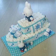 Baby Luiertaart Boot Nijntje kraamcadeau Birthstones And Their Meanings There are a lot of legends a Boat Diaper Cake, Baby Nappy Cakes, Diaper Cakes, Boat Cake, Baby Shower Crafts, Baby Shower Decorations For Boys, Baby Shower Fun, Bebe Shower, Diaper Cake Instructions