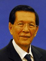 "Malacañang distanced from ""new coup plot"" vs. Enrile 