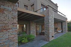 Classic House Exterior, Modern Exterior House Designs, Dream House Exterior, Modern House Design, Exterior Design, Stone House Plans, My House Plans, House Arch Design, Bungalow House Design