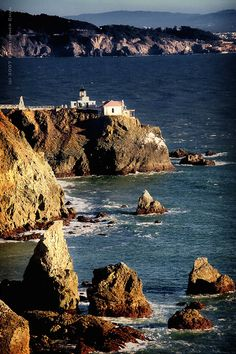 Point Bonita, Sausalito, CA.... Sausalito was where we had our wedding reception @ the Alta Mira... which no longer exists... unfortunately!