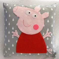 Kissen - Peppa pig - ein Designerstück von BettyPillows bei DaWanda