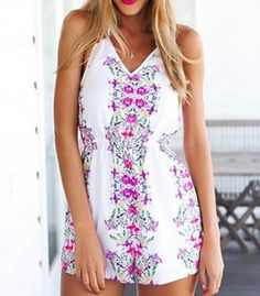 Casual v-neck romper with floral print
