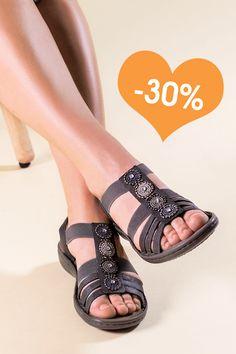Infos für farblich passend neues Erscheinungsbild Wie tanzt du in den Mai? 💃 🌹 Weitere Sandaletten findest ...