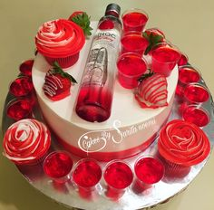 Welcome to my cake decorating channel. I'm a beginner on Cakes 🎂 My Videos Are Littles Just To Give An Idea For Decorations. 27th Birthday Cake, Alcohol Birthday Cake, 21st Birthday Cake For Girls, Alcohol Cake, Adult Birthday Cakes, Birthday Ideas, Birthday Stuff, Tequila Cake, Liquor Cake