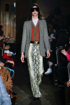 158fd921fae Gucci Spring 2019 Ready-to-Wear Fashion Show Collection New Fashion Trends