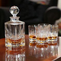 Irish Galway Crystal Whiskey Decanter & 4 Glasses Set from the Kells Range…