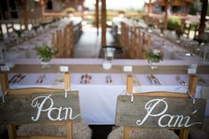 Svatební přípravy – Výzdoba | Na skok v kuchyni Place Cards, Wedding Inspiration, Place Card Holders, Table Decorations, Weeding, Home Decor, Homemade Home Decor, Herb, Weed Control