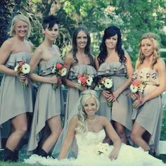 Bridesmaids# wedding#photos#bride #weddingdress