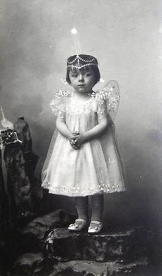+~+~ Antique Photograph ~+~+ :   Fairy girl.