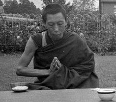 Geshela meditating
