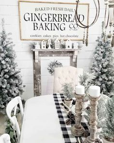 Are you looking for ideas for farmhouse christmas decor? Browse around this site for perfect farmhouse christmas decor inspiration. This farmhouse christmas decor ideas seems totally superb. Farmhouse Christmas Decor, Diy Christmas Tree, Country Christmas, Winter Christmas, Christmas Tree Decorations, Christmas Wreaths, Christmas Ideas, Winter Wonderland Christmas, Christmas Challenge