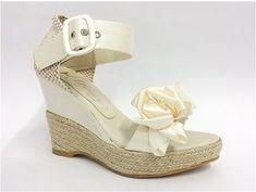 Zapato de novia con plataforma :: Virtual Novia Book