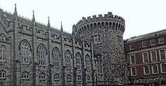 Dublin Castle em Dublin, Dublin City  #castle #castelo #paisagem #dublin #irland #ireland #irlanda #viagem #turismo #dublincastle
