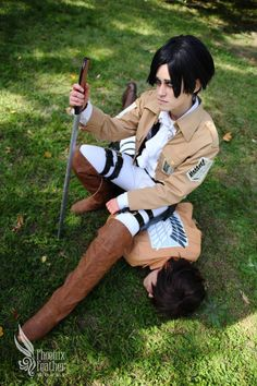 Rivaille & Eren cosplay /Attack on Titan/ (Shikiyoru & Xan 2013)
