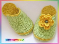 Ciabatta, Crochet Slippers, Baby Shoes, Beanie, Floral, Kids, Inspiration, Clothes, Socks