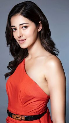 Indian Bollywood Actress, Bollywood Actress Hot Photos, Bollywood Girls, Beautiful Bollywood Actress, Most Beautiful Indian Actress, Beautiful Actresses, Indian Actresses, Beautiful Girl In India, Beautiful Blonde Girl