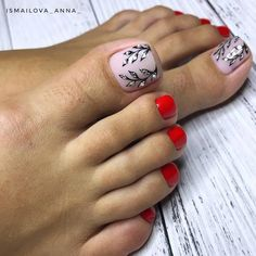Trendy New Year's pedicure new items and trends in the design of a pedicure for the New Year. The most beautiful New Year's pedicure with decor and drawings, a trendy New Year's pedicure with Pretty Toe Nails, Cute Toe Nails, Love Nails, My Nails, Pedicure Designs, Pedicure Nail Art, Toe Nail Designs, Pedicure Ideas, Toe Nail Color